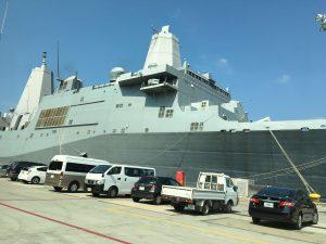 サン・アントニオ級ドック型輸送揚陸艦と思われる艦
