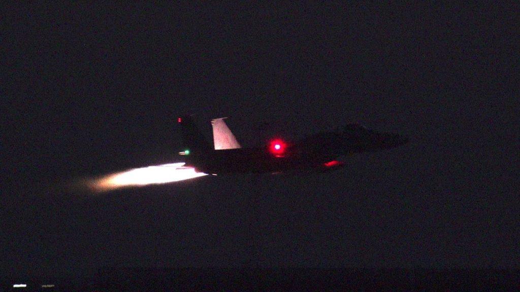 【4K】F-15Jナイトフライトとプロジェクションマッピング【美ら島エアーフェスタ2016】